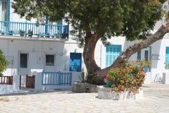 在Mykonos海岛的风车在希腊 库存照片