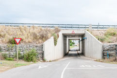 在N2高速公路下的路在科尔切斯特 库存图片