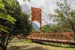 在Nam歌曲河的桥梁 免版税库存照片