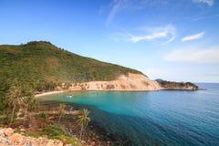 在Nam Du islands,越南的美丽的海滩 免版税库存照片