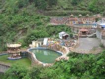 在NANITAL,印度的瀑布和公园视图 库存照片