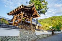 在Nanzen籍寺庙的钟楼在京都 免版税图库摄影