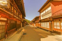 在Narai的乡下公路是一个小镇和老镇如此 免版税库存图片