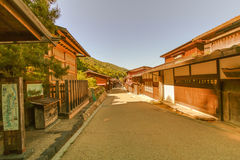 在Narai的乡下公路是一个小镇和老镇provi 库存图片