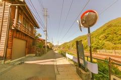 在Narai的乡下公路是一个小镇和老镇sof的 库存照片