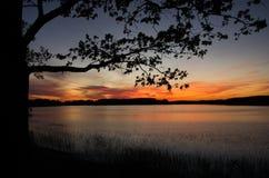 在Necko湖的Colorfull日落 Masuria,波兰 免版税库存图片