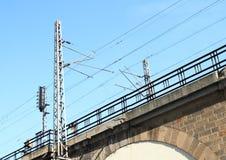 在Negreliho viadukt的铁路 免版税库存图片