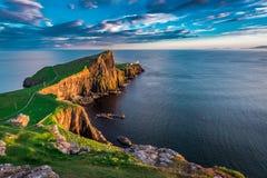 在Neist点灯塔的美妙的日落在苏格兰 库存图片