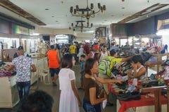 在Neptuno街, La哈瓦那,古巴上的地方市场 免版税库存照片