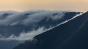 在Ngorongoro火山口的Moning 库存照片