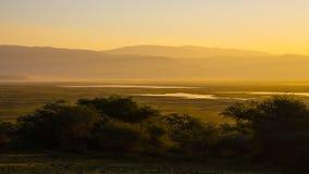在Ngorongoro火山口的Sunraise 免版税库存图片