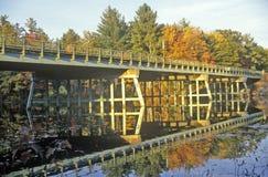 在NH的风景路线在路线153和25在秋天 图库摄影