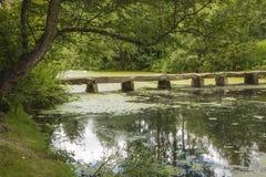 在Nostell小修道院的人行桥 库存照片