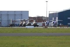 在NSS期间的军事和警察用直升机 库存照片