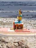在Nubra谷的菩萨Maitreya雕象 免版税库存图片