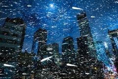 在NYC的冬天 曼哈顿晚上 库存图片