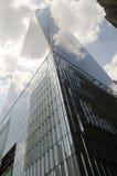 在NYC的自由塔从下面 库存照片