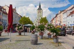 在Oberer platz的Altes Rathaus在德根多尔夫,巴伐利亚,德国 库存照片