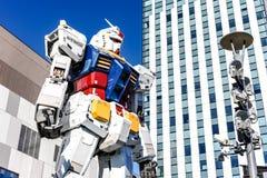 在odaiba潜水者城市的Gundam雕象 库存图片