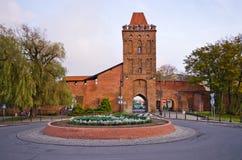 在Olesnica,波兰古镇墙壁的门  免版税库存照片