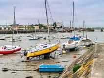在Olonne sur梅尔的小船在买主,法国 库存图片