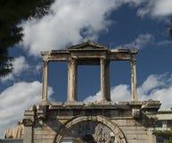 在olympieion雅典的罗马曲拱 免版税图库摄影