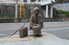 在Onomichi日本的林芙美子雕象 库存照片