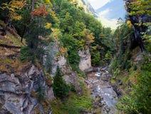 在Ordesa峡谷的秋天 库存照片