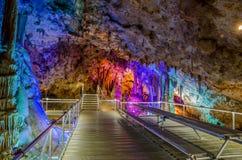 在Oreshets和贝洛格拉奇克,保加利亚附近的Venets洞 库存照片