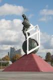 在Otkrytiye竞技场, footbal的Spartak前面的争论者雕塑 库存照片
