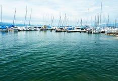 在Ouchy口岸,洛桑,瑞士的游艇 图库摄影