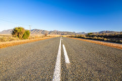 在Oudtshoorn -南部非洲的干旱台地高原,南非附近的路线62路 免版税库存照片