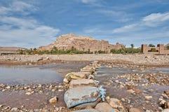 在ounila河附近的ait本haddou摩洛哥 免版税库存照片