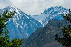 在Pahalgam谷,克什米尔的山 免版税图库摄影
