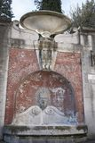 在Palazzo Varano的喷泉 库存照片