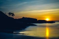 在Palolem海滩,果阿的日落 免版税库存照片