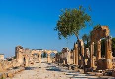 在Pamukkale土耳其的老废墟 库存照片