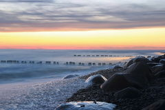 在Pape附近的海滩在拉脱维亚 库存照片