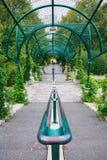 在Parc de贝而维尔的拱廊在巴黎 库存图片