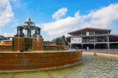 在Parc de la Villette,巴黎的喷泉 库存图片