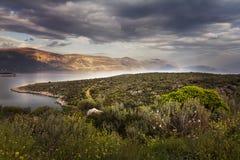 在Patrasso,希腊附近的日落 免版税库存图片