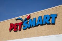 在PetSmart地点的外部标志 免版税库存图片