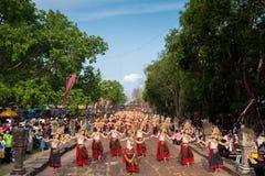在Phanom阶节日的Apsara舞蹈在泰国2014年 免版税库存图片