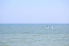在Phetchaburi,泰国的小渔船 库存图片