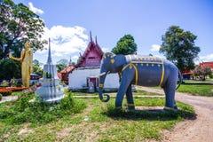 在Phichit泰国的Wat rong张 免版税图库摄影