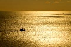 在Phromthep海角普吉岛泰国的日落 免版税库存照片