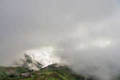 在Phu Thap Boek的山风景 免版税库存照片