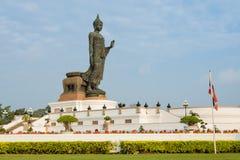 在Phutthamonthon,泰国的菩萨雕象 库存图片