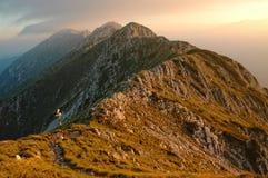 在piatra日落的craiului山 库存图片