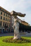 在Piazzale di波尔塔Romana,佛罗伦萨的雕象 免版税库存照片